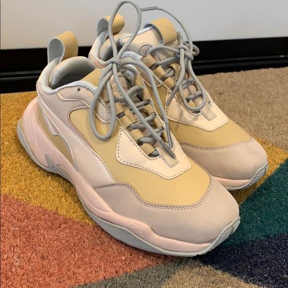 Puma Shoes   Womens Thunder Desert